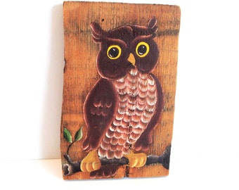 Vintage Hand Painted Owl Plaque - Owl Wall Decor - Retro Owl Plaque - Barn Wood Plaque - Hand Painted Owl Decor