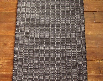 """Charcoal Gray Wool RAG RUG 30"""" x 52"""" Real  Rags Real Recycling"""