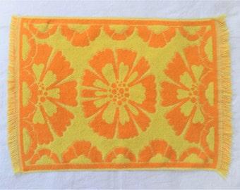 Vintage Hand Towel Stevens Utica Mod Orange and Yellow