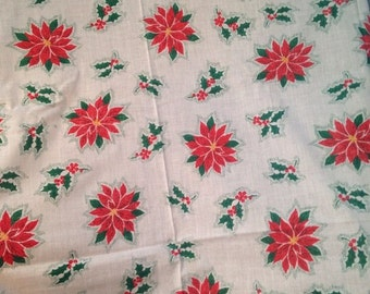 Small Vintage Christmas Tablecloth Rectangle Poinsettia & Holly Berries