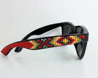 Wayfer Black Red Beaded Sunglasses