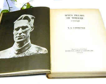 Book The Seven Pillars of Wisdom T. E. Lawrence 1935 First Edition for General Circulation Lawrence of Arabia