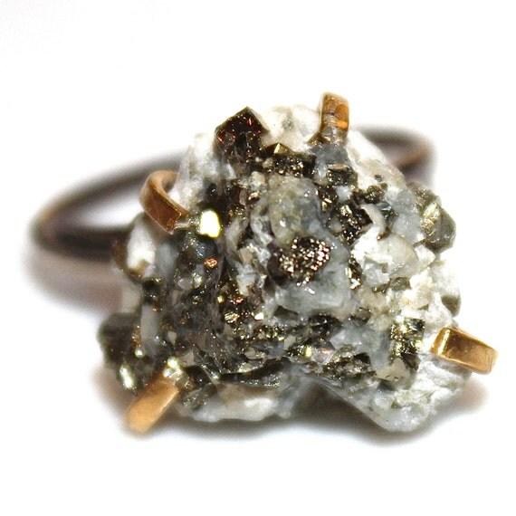 Raw Pyrite Ring Calcite Ring Raw Stone Ring Natural Stone Ring Minimal Jewelry Raw Stone Jewelry Chunky Ring Raw Ring Mixed Metal Ring