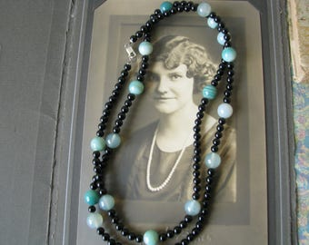Exceptional Vintage Onyx Green Agate Beaded Necklace Sterling Silver Clasp 40''