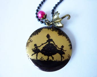 Mother and child - nostalgic silhouette Medaillon Necklace with bronze bird, Pearl, romantic jewelry, baroque, antique, nostalgic jewelry