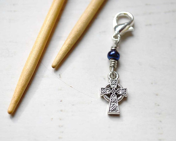 Celtic Cross / Knitting Progress Marker  / Removable Stitch Marker / Crochet Stitch Marker / Locking Stitch Marker