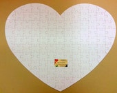 Heart Shaped White Wedding Guest Book Puzzle / Extra Large puzzle 24x30 / Unique Guest Book Idea /White Heart Puzzle with Blank White Pieces