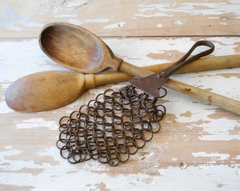 Antique Chain Mail Pot Scrubber / Antique Kitchen Utensils / Farmhouse Decor