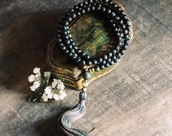 Beautiful obsidian gemstone mala necklace