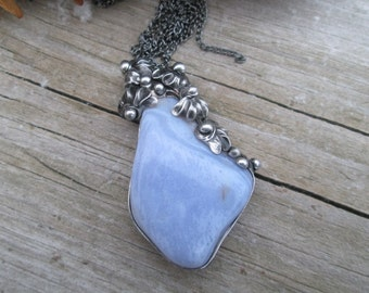 pendant with sapphirine