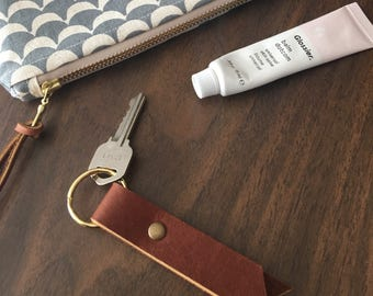 Customizable Minimal Leather Key Fob