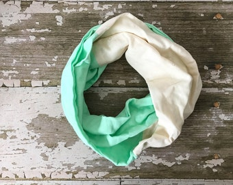 Double Gauze Infinity Scarf in Cream Starburst and Mint