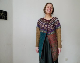 Handmade Icelandic style wool cardigan with Latvian pattern and golden yarn