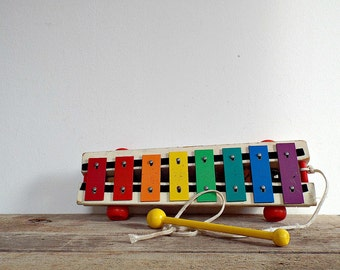 FISHER PRICE XYLOPHONE kids toy colorful kids toys musical instrument music playing learning orchestral percussion Fisher Price pull a tune