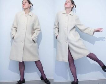 60s style Creme white TRAPEZE COAT/ Princess Coat Raglan Sleeve Welt Pockets coats/Raven Europe style coat/M