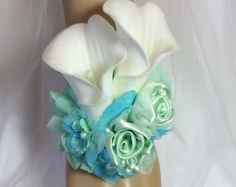 Corsage-Mint&Spa-Prom Corsage-Wrist Corsage Flowers-Wedding Corsage-Bridal Flowers-Brides Corsage-Keepsake-Prom Flower-Wrist Corsage-Floral