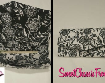 Clutch Wallet  - Black and White Flower print