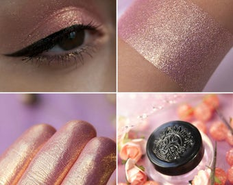 Eyeshadow: Ray - MoonElf. Pink satin with golden shimmer eyeshadow by SIGIL inspired.