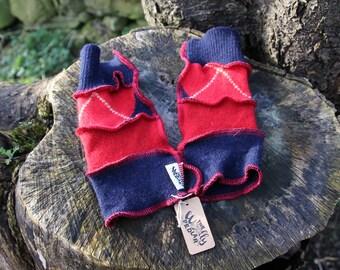 Upcycled Kid's Armwarmers Wristwarmers Fingerless Gloves Handmade in UK Recycled Wool Knitwear. Red & Navy Argyle  OOAK