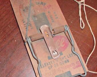 Vintage CANT MISS RAT Trap