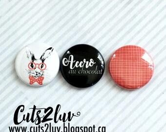 "3 badges 1 ""addicted to chocolate"