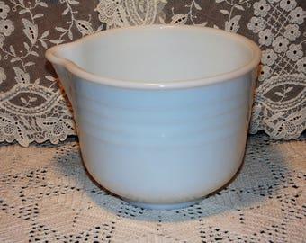 Vintage White Milk Glass Pyrex Mixing Bowl Ribbed Sides Pour Spout