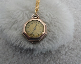 Vintage Wind Up 15 Jewels Necklace Pendant Watch