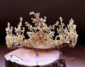 Woodland Princess Gold Wedding hair crown , Gold wedding Crown ,Gold bridal Tiara , Baroque crown,Gothic Tiara Evil Queen crown
