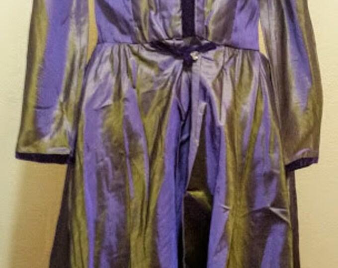 Transcendent Opalescent Purple and Green Boned Under Shoulders Top Coat