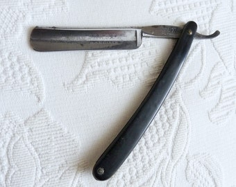 Le Grelot 361 6/8 'The Lord Barber' Half Hollow Straight Razor Ebony Wood Handle by P Hospital & Cie of Thiers France In Original Box
