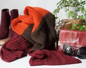Florence. Alpaca and wool knit scarf in auburn chocolate and burgundy.