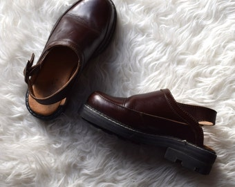 John Fluevog 90s Chunky Shoes/ Brown Grunge Mules/ Lug Sole Shoes/ Women's Size 6