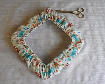 Q-Snap Cover / Garter / Grime cover - With Magnetic Button Needle Minder