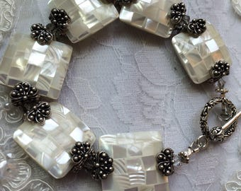 Shell and Silver Tone Bracelet