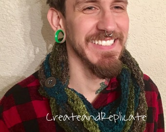Multicolored Scarf with Button Clasp