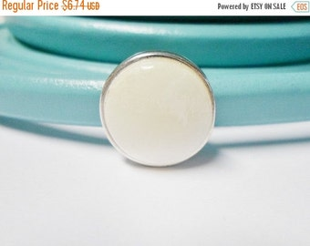 SALE: White Mother of Pearl Shell Slider, 18mm round for Licorice Leather Bracelets