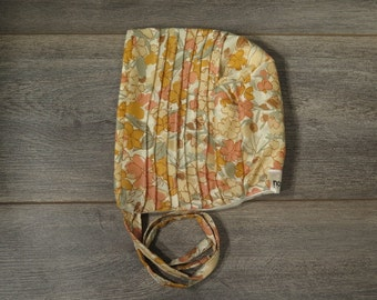 2-4T size pin tuck bonnet