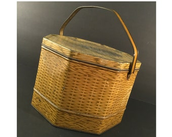 """SALE Large Octagonal Cookie Tin, Vintage Sunshine Biscuit Tin, Shabby Storage, Basket Weave w/ Handle, 10"""" x 6.5"""", Loose-Wiles Biscuit Compa"""