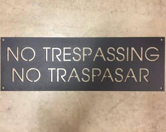Metal  No TRESPASSING No TRESPAR sign