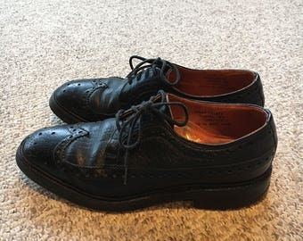 Vintage 60s 70s Stuart McGuire black Wingtip Brogue Mid Century Made in England Shoes Size 7 size 7.5/ Mod Rockabilly Oxford Shoes