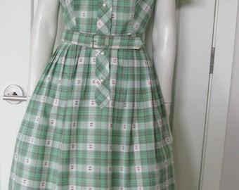 """Vintage 1950's Shirt Waist Dress - Green Plaid Novelty Print Cotton  - Waist 30"""""""