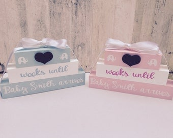 Personalised pregnancy parents to be gift baby chalkboard countdown blocks