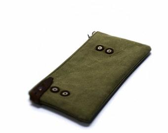Zipper pouch,  cosmetic bag, zipper cosmetic bag, makeup bag, recycled, canvas makeup bag