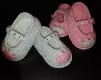 Crochet Princess shoes,Baby  Girl Mary Jane shoes,Handmade baby shoes, crochet baby ballet shoes, crochet baby booties, baby slippers