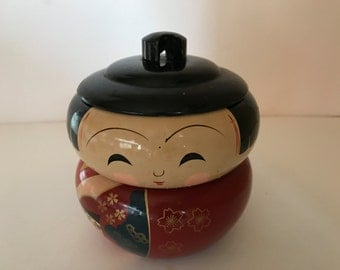 Vintage Kokeshi lacquer Bento box trinket jewelry box- lunch box