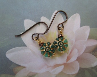 Tiny New 1 Inch Daisy Flower Czech Earrings Little Gold Inlaid Earrings Pretty Special Teal Aqua Glass Hypoallergenic Niobium French Hooks