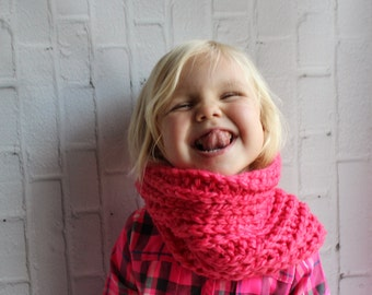Crochet scarf - crochet kids scarf - cowl for kids - scarf for kids - kids cowl - kids scarf - washable cowl - washable scarf - pink cowl