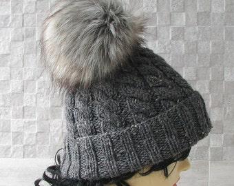 Cool Hats, Winter Hat for Women, Kniited Beanie Hat, Knit Hat for Women,  Fur Pom Pom Hat, Knit Hats, pompom fourrure, Winter Accessories