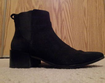 Womens Sueded Booties