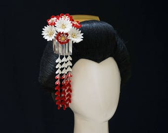 Elegant Red and White Blossoms with Bira and Shidare Tsumami Kanzashi 339